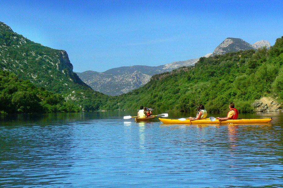escursioni-canoa-sardegna-nascosta