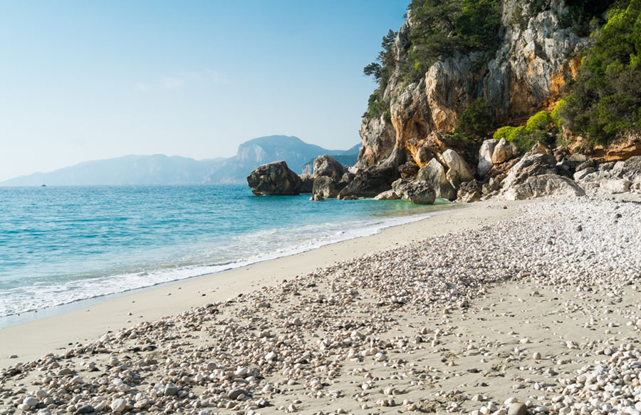 trekking-a.piedi-cala-fruilie-Sardegna-Nascosta